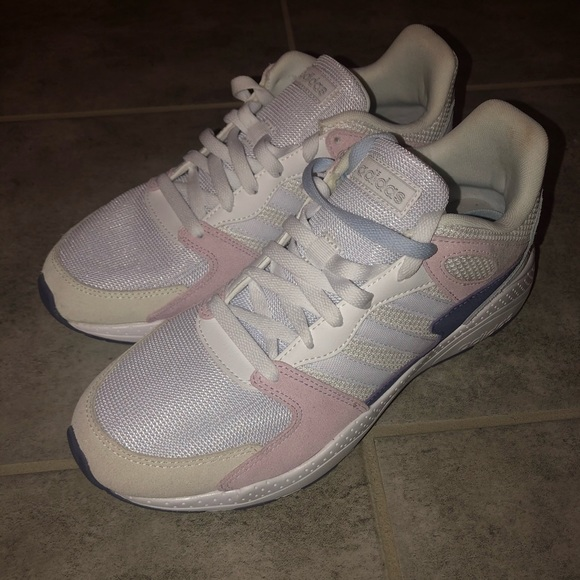 CLEARANCE New Women's Chaos Size 10 Running Shoes